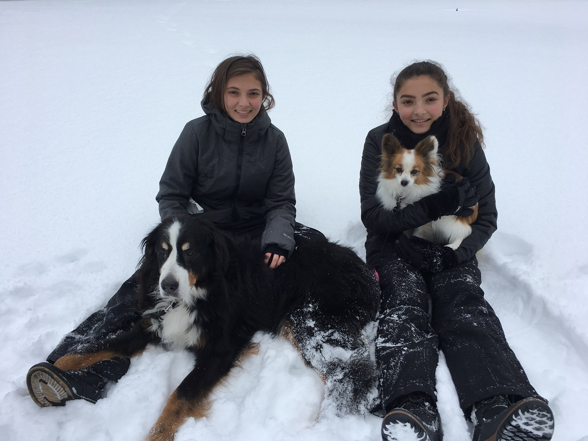 Putzke Girls in the Snow