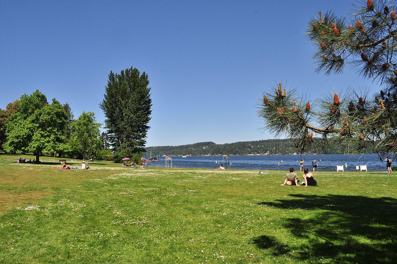 Seattle_-_Matthews_Beach_Park_01